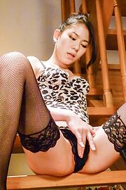 赤西ケイ - 現役高身長女子大生!グループフェラ - Picture 6