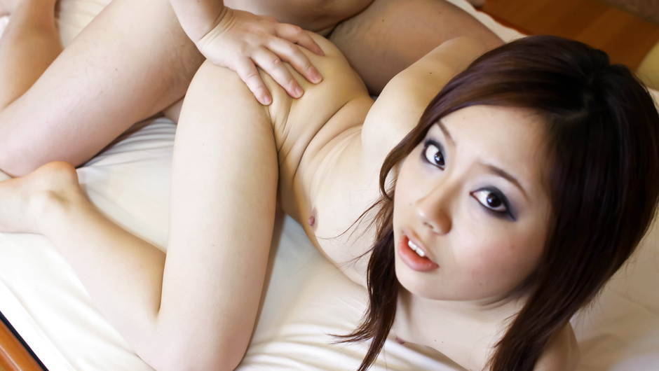 Sweet Asian amateur doll gets fucked and creamed on clit