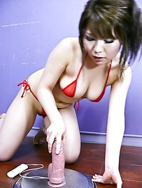 Meina - Charming Japanese babe Meina shows off her sucking prowess - Picture 1