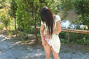 Japanese outdoor posing with young Yui Kasugano Photo 10