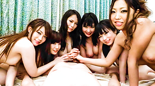 CATWALK POISON 71 ~Orgy & Cream Pie SP~ : Yui Nanase, Hina Maeda, Kyouko Maki, and more - Video Scene 3