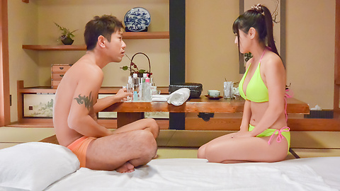 Yu Shinohara - Asian blow job during massahe session with Yu Shinohara - Picture 3