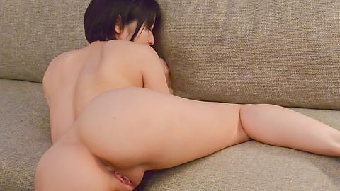 篠田ゆう - 魅惑の美尻篠田ゆう~フェラ&中出し - Picture 12