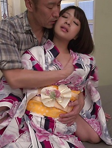 Wakaba Onoue - Wakaba Onoue amazes with her warm Japanese blow job - Screenshot 7