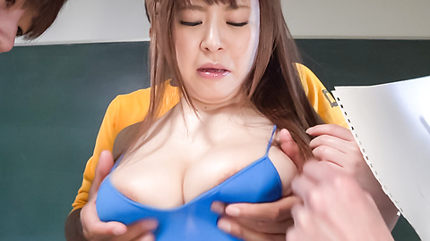 Satomi Nagase - Satomi Nagase gets filled with warm Japan cum - Picture 4