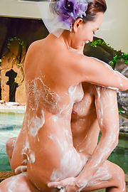 Ray - Soapy hardcore porn scenes along beautiful Ray - Picture 5