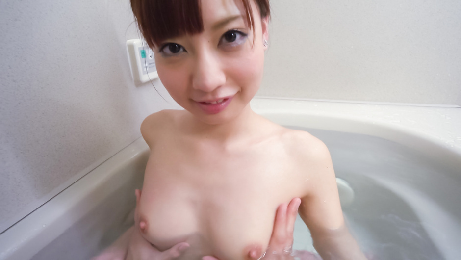 Amateur beauty superb Asian blow job in the tub japan porn xxx JAV HD