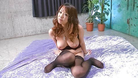 Asuka - Asuka ถูกสุนัขบ้าในขณะที่ให้ blowjob -  5 รูปภาพ