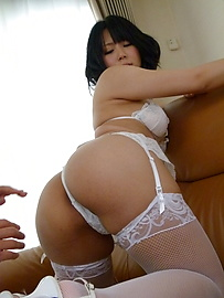 Mikan Kururugi - Japanese blowjob before a mind blowing XXX fuck - Picture 2