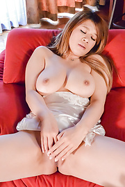 Suzuna Komiya - Japanese milf shows off in sexy webcam solo  - Picture 9