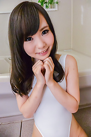 Mayu Kawai - 马玉川获取期间淘气玩刮弄她的阴部 - 图片 6