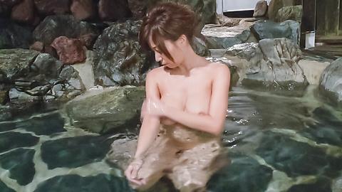 秋野千尋 - 温泉オナニーソフトコア~秋野千尋 - Picture 2