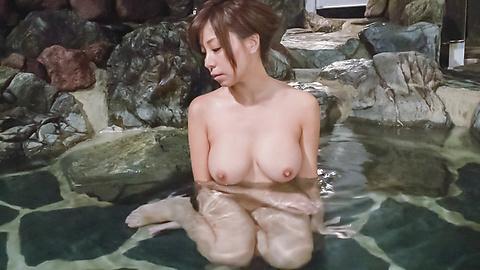 秋野千尋 - 温泉オナニーソフトコア~秋野千尋 - Picture 5