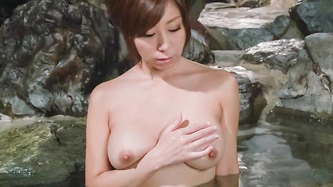 秋野千尋 - 温泉オナニーソフトコア~秋野千尋 - Picture 9