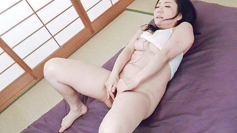 Shino Izumi - Perfect Asian blowjob by top Shino Izumi - Picture 7