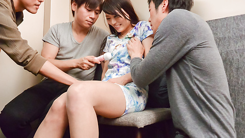 Nana Nakamura - Japanese group sex videos with Nana Nakamura - Picture 2