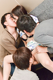 Nana Nakamura - Japanese group sex videos with Nana Nakamura - Picture 9