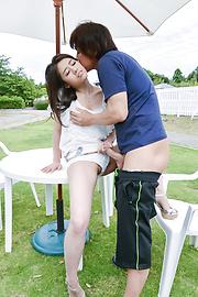 Kana Miyashita - Outdoor Asian blowjobs along Kana Miyashita - Picture 11