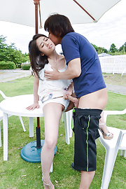 Kana Miyashita - Outdoor Asian blowjobs along Kana Miyashita - Picture 12