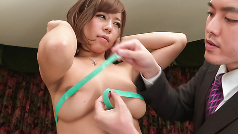 Sara Saijo - Curvy ass Sara Saijo mind blowing scenes of Asian blow job  - Picture 9