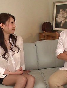 Ryo Makoto - Sexy is in for a special Asian threesome porn  - Screenshot 5