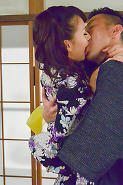Yui Oba - Asian blow job with steamy model, YuiOba - Picture 2