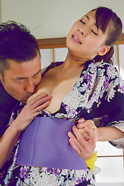 Yui Oba - Asian blow job with steamy model, YuiOba - Picture 3