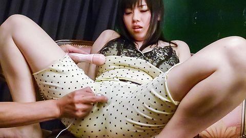 Azusa Nagasawa - Big titted babe Azusa Nagasawa earns asian cum after masturbating - Picture 4