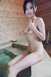 Miu Kimura - Miu Kimura provides Japanese blowjobs in the sauna  - Picture 4