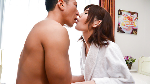 Yua Ariga - Skinny Yua Ariga creamed on pussy after a good fuck  - Picture 1