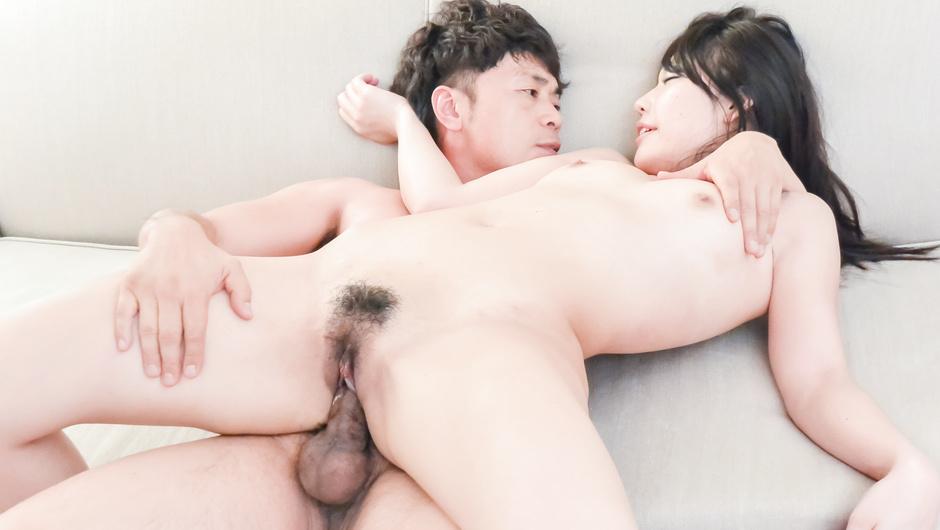 Maria Sasaki enjoys stiff dick in her tight vag