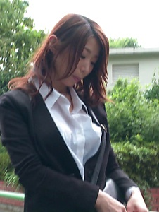 Ayumi Shinoda - Sexy Japanese masturbating for horny Ayumi Shinoda - Screenshot 1