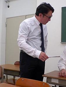 Mahoro Yoshino - Mahoro Yoshino fucked by two guys in school XXX - Screenshot 4