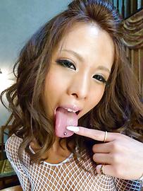 Ema Kisaki - Ema Kisaki gets two tools to take in mouth - Picture 5
