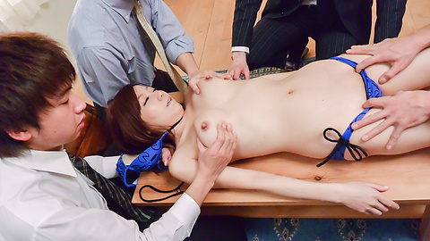 Chihiro Akino - Asian girl gives blowjob on two stiff dick - Picture 6