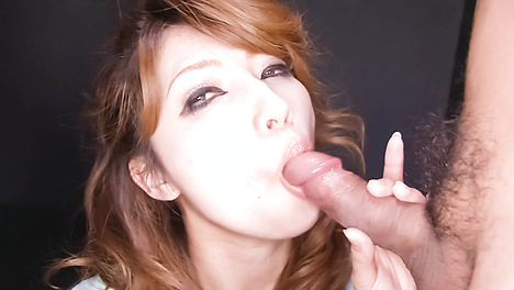 Beautiful Asian babe giving head and get screwed