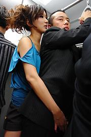 Asami Yoshikawa - พยาบาลเงี่ยน อาซามิ โยชิกาว่า ไปเป็นไก่ -  1 รูปภาพ
