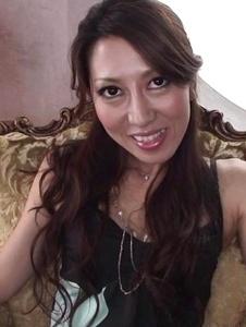 Tsukasa Makino - POV Asian blowjob with horny Tsukasa Makino - Screenshot 1