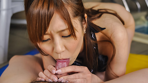 Kotone Amamiya - Kotone Amamiya amazes with her top Asian blowjob  - Picture 3