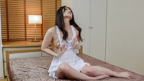 Naomi Sugawara - Naomi Sugawara's asian blowjob leads to a toy and cock fucking - Picture 4