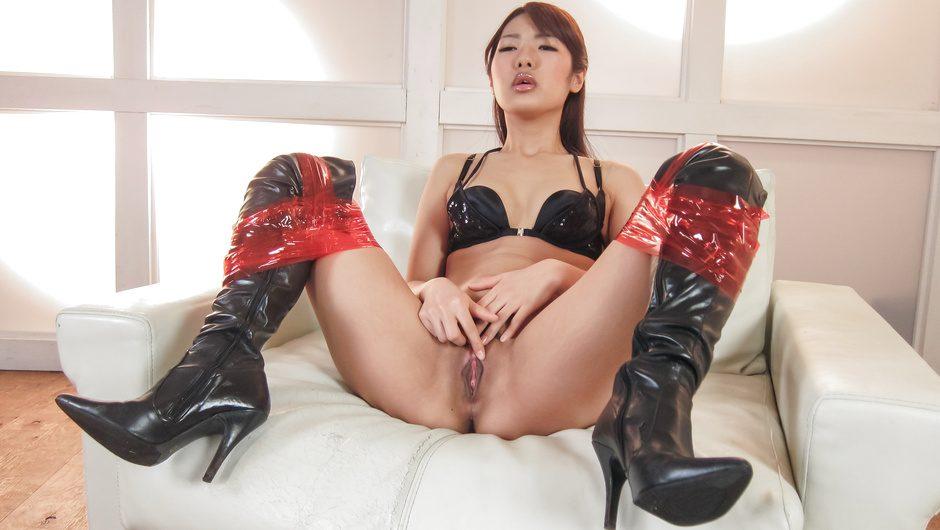 Asian milf porn along sleazySatomi Kirihara