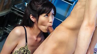 Dirty Minded Wife Advent Vol.47 : Sara Yurikawa - Video Scene 2