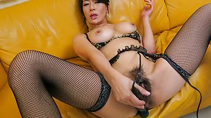 Big tits Asian beauty amazing with rough cock sucking