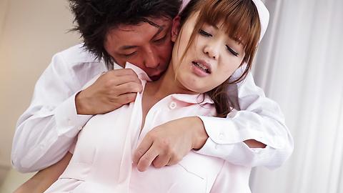 Ai Suzuki - 沿着在预赛亚洲护士急铁杆他妈的 - 图片 6