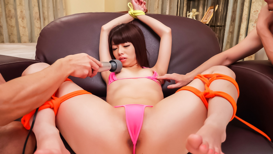 Dirty toy insertion for Asian lingerie babe Akina Sakura
