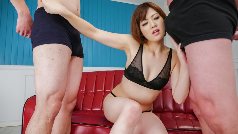 Superb Japan blow job by alluring Tomoka Sakurai