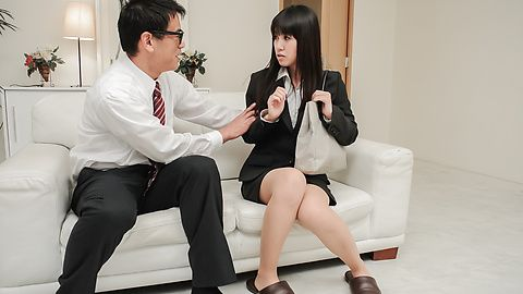 Strong pleasure for Kotomi Asakura from Asian dildos