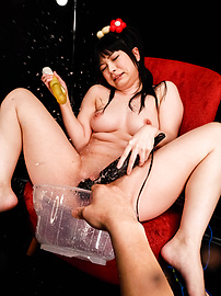 Hina Maeda - Hina Maeda licks and strokes three tools - Picture 12