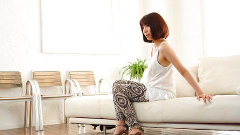 Izumi Manaka - Sexy MILF Izumi Manaka in asian blowjob movies gets fucked - Picture 7