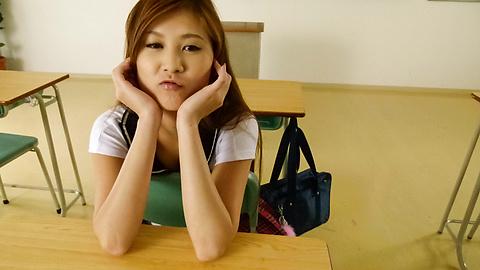 Yura Kasumi - Horny Yura Kasumi's asian schoolgirl blowjob and fucking - Picture 3